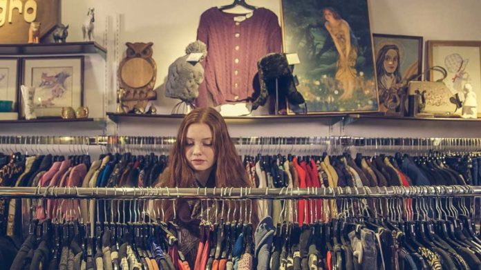 thrift-shopping-sonoma