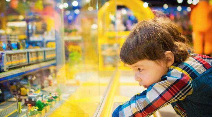 Fundemonium Kid Playing